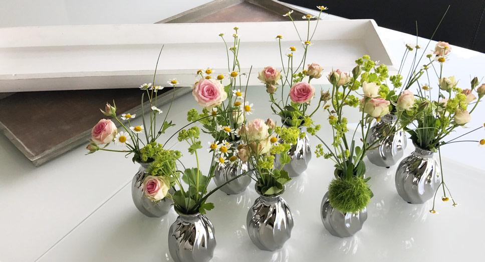 tischdeko mit fink silbervasen schnell und einfach gestalten. Black Bedroom Furniture Sets. Home Design Ideas